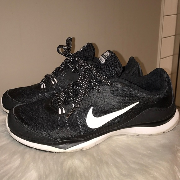 Nike Tennis Shoes Black Polka Dot Laces